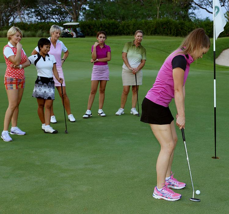 farah-quinn-tori-golf.jpg