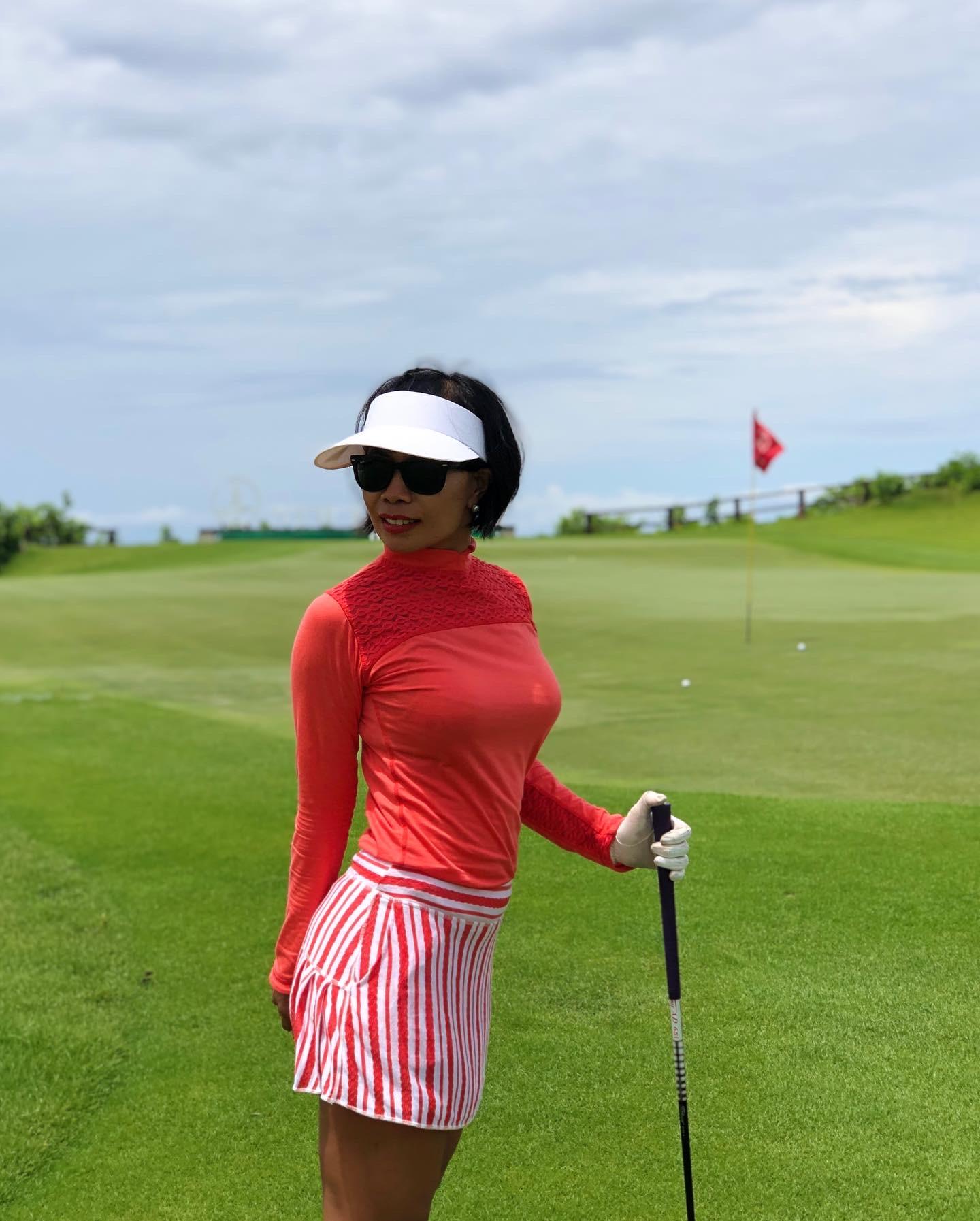 Women's Golf Red Long Sleeve Top