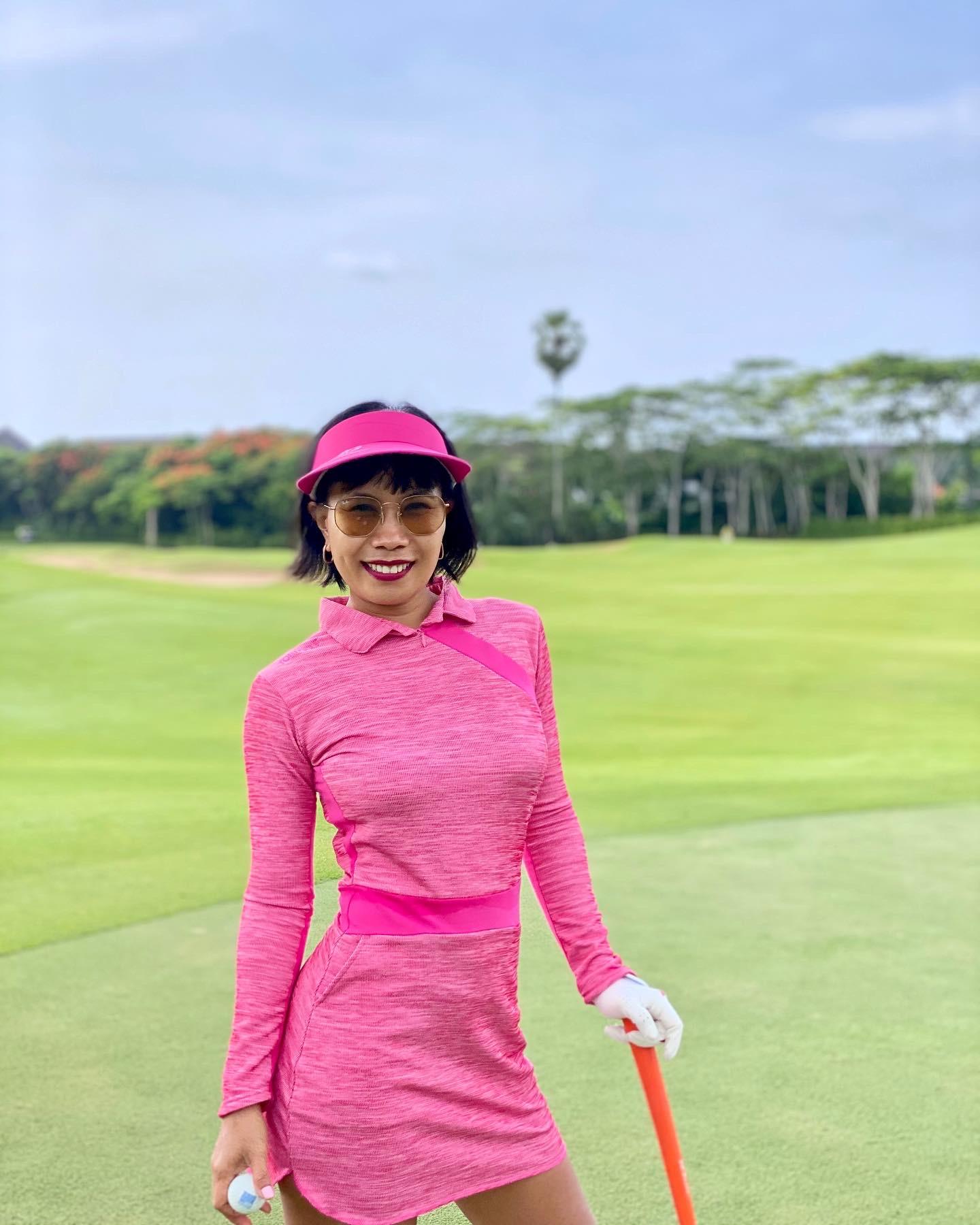 GD-010 || Golf Dress Pink With Dark Pink Texture And Trim